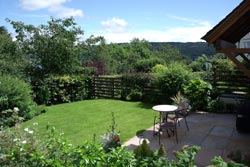 Coniston Country Cottages Patio
